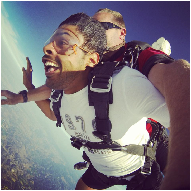 Faisal_the_legend_skydiving