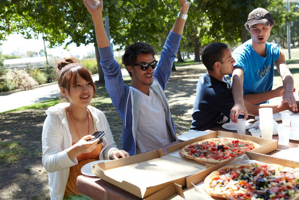 Veterans Park Westood Pizza Party