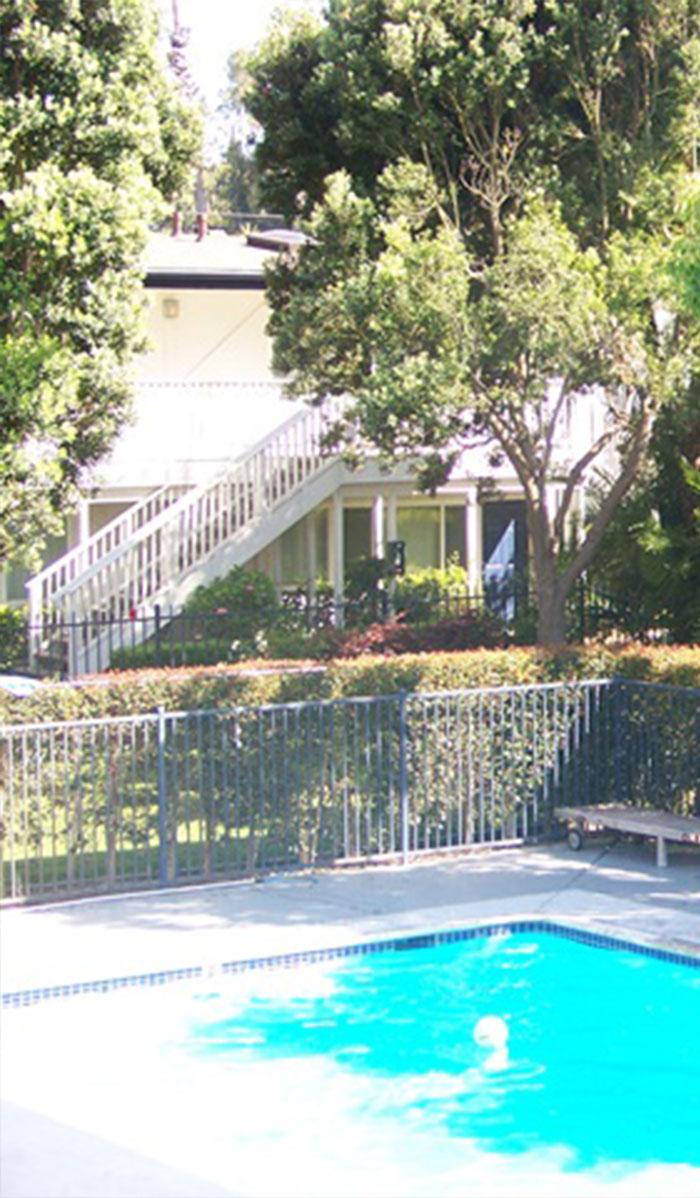 ELC Santa Barbara Accommodation La Brezza Apartments Overview